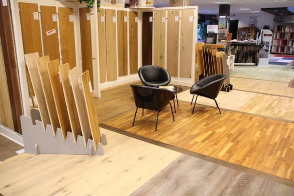 unsere bodenbelag ausstellung in d sseldorf bodenbelag. Black Bedroom Furniture Sets. Home Design Ideas